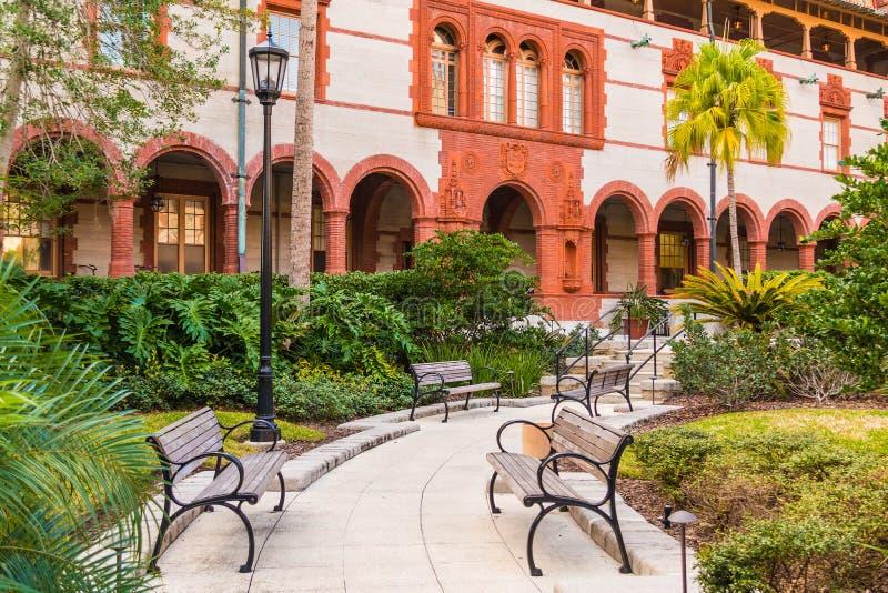 Flagler学院,美国庭院  免版税库存图片