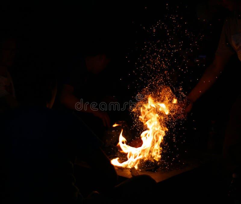Flam brillante del fuego, resplandor foto de archivo