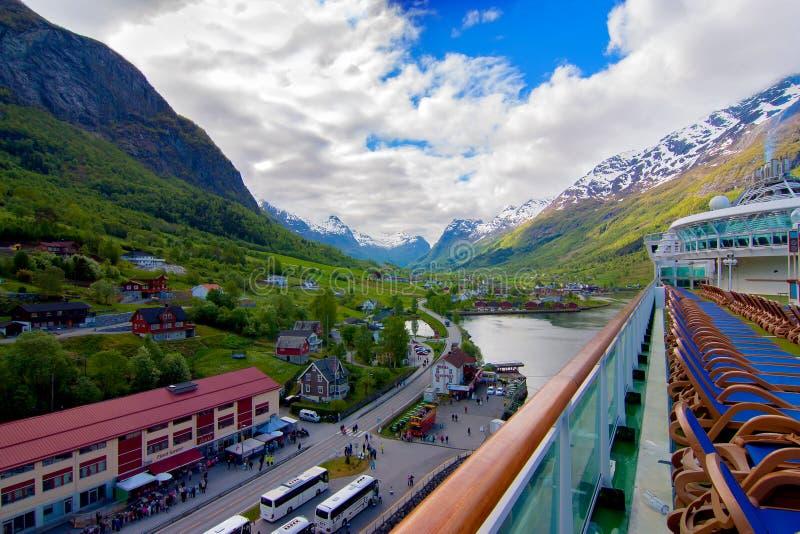 Flam, Noruega del barco de cruceros foto de archivo