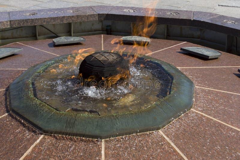 Flama centenária no monte do parlamento imagem de stock royalty free