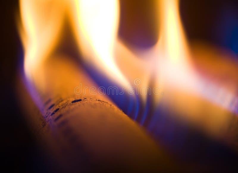 Flamma av en gasfackla arkivbild
