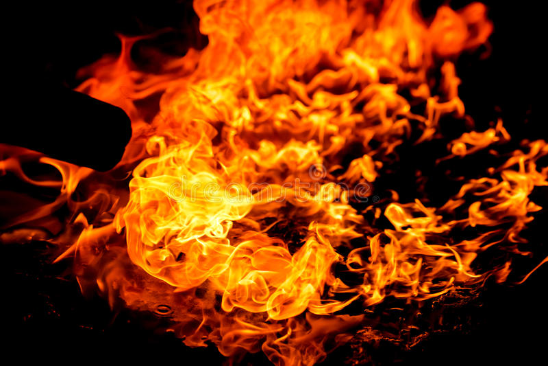 Flamme brûlante d'incendie photographie stock