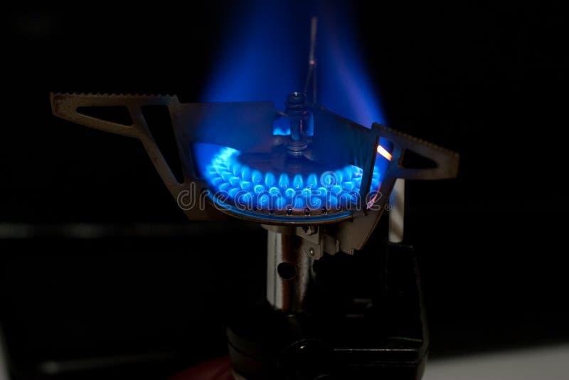 Flamme de poêle image stock