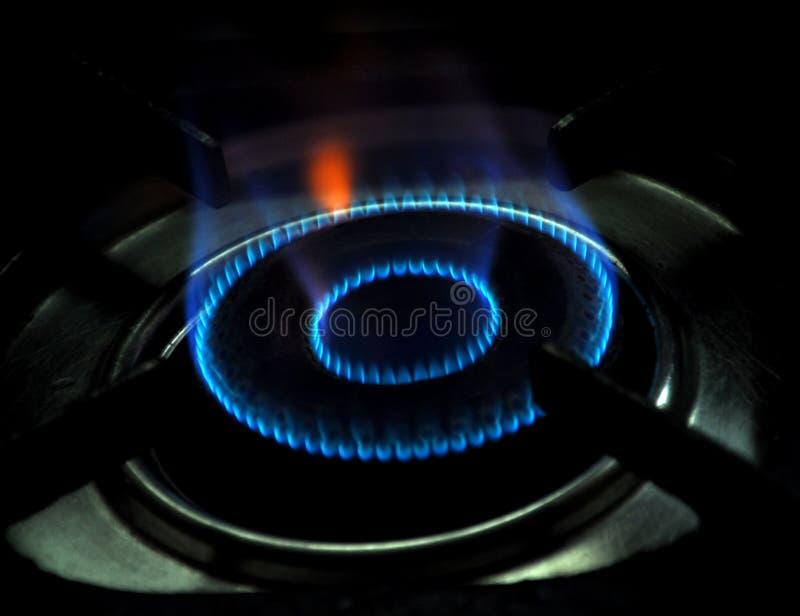 Flamme de poêle de gaz photographie stock libre de droits
