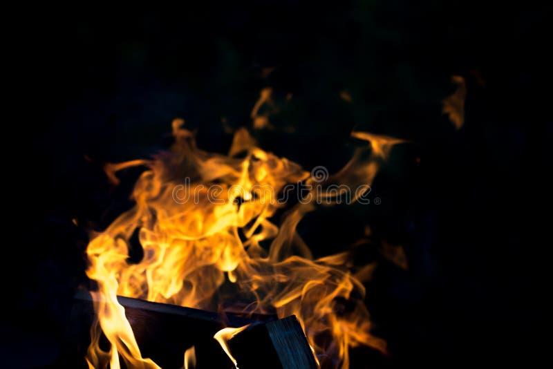 Download Flamme Lumineuse De Feu Defocused Image stock - Image du trame, lueur: 77151597
