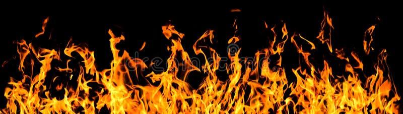 Flammes d'incendie sur le fond noir photographie stock libre de droits