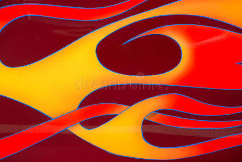 Flammes sur une voiture à une exposition de voiture photos libres de droits
