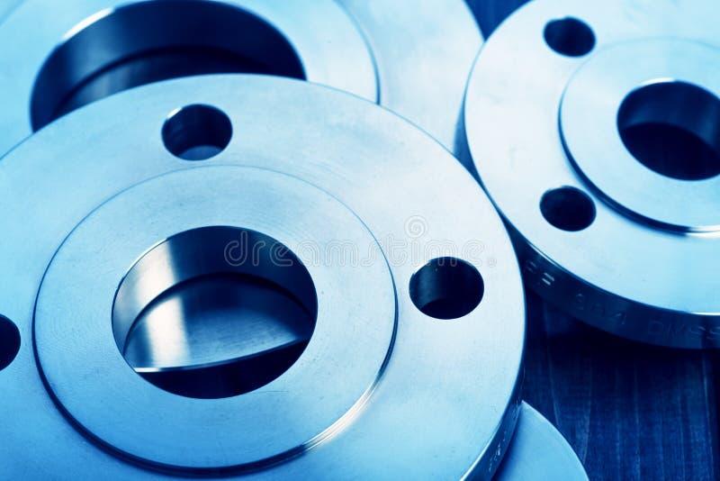 Flanges industriais do metal imagens de stock