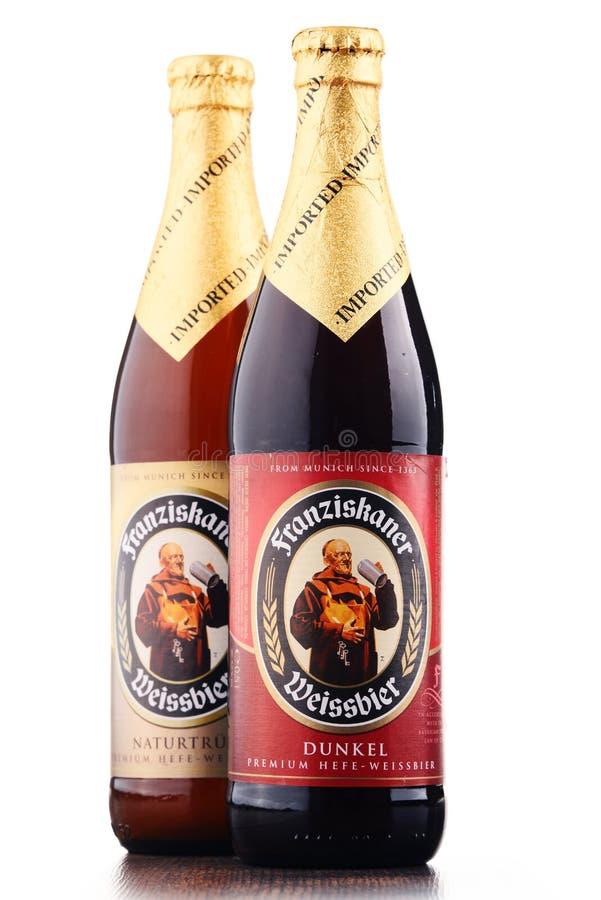 Flaschen von Franziskaner Weissbier stockbild