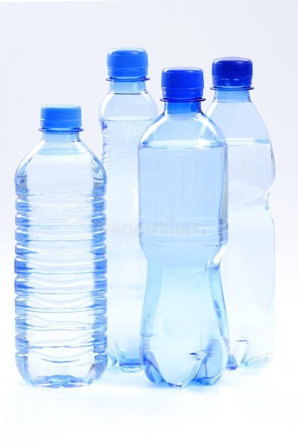 Flaschen Wasser stockfotos