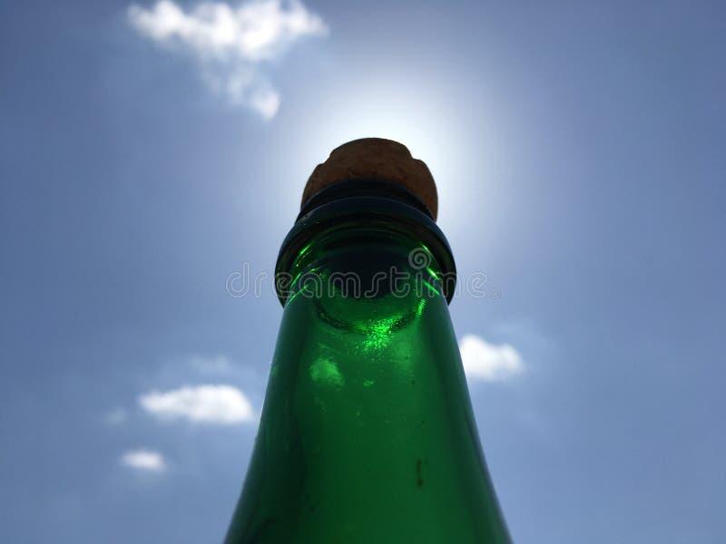 Flaschenknall lizenzfreie stockfotografie