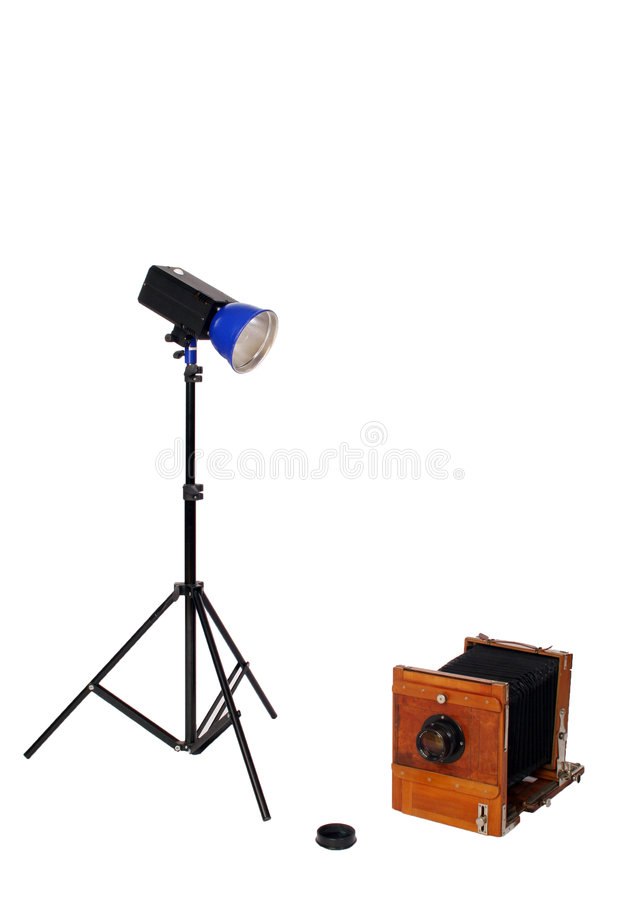 Flash del estudio y cámara retra imagenes de archivo
