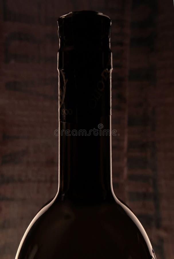 Download Flaska arkivfoto. Bild av silhouette, beverly, wine, dricka - 36632