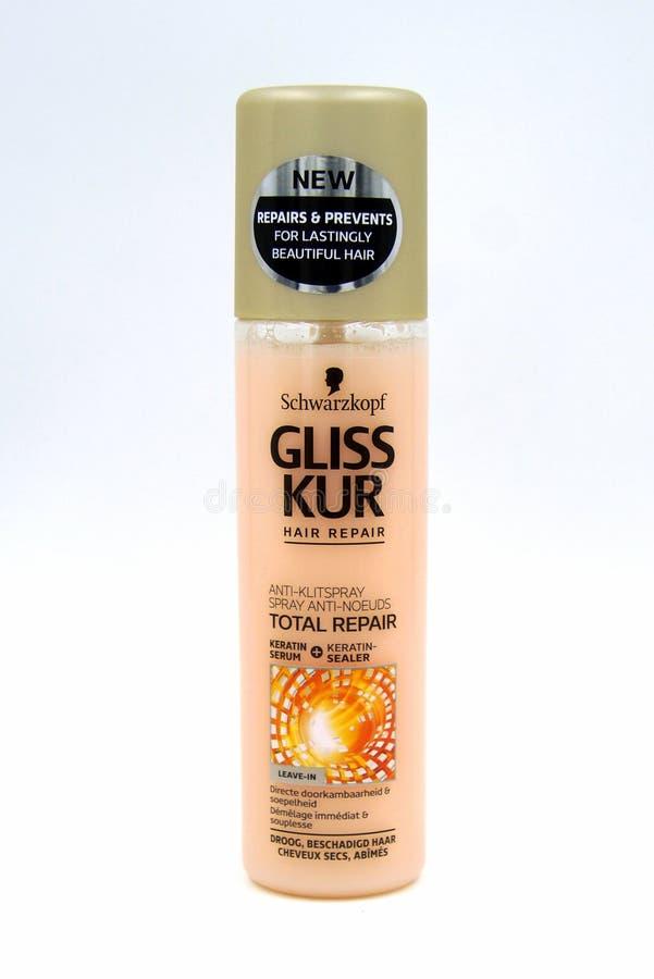 Flaska av anti--Klitsprej för Schwarzkopf Gliss Kur slutsummareparation arkivbild