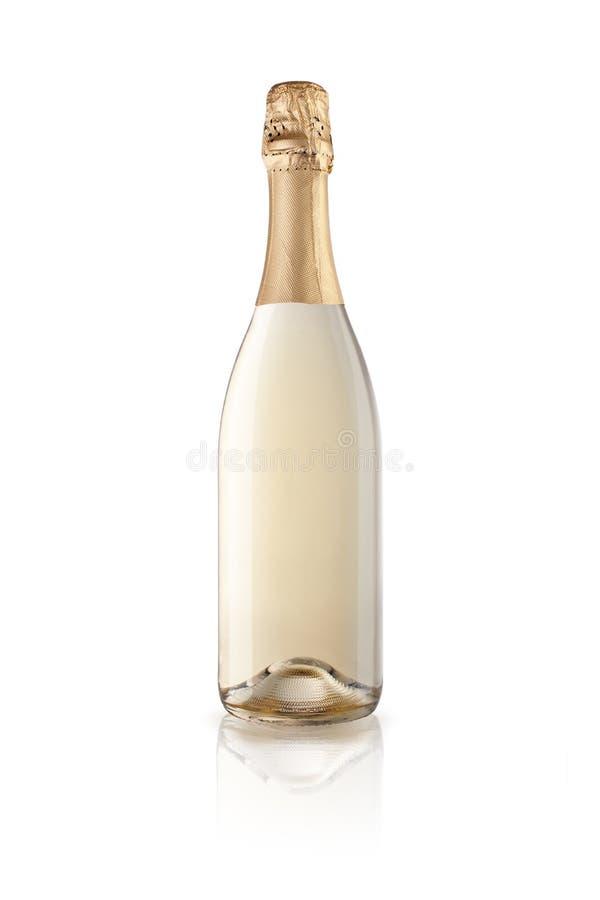 Flaska av champagne med reflexion som isoleras på vit bakgrund arkivbilder