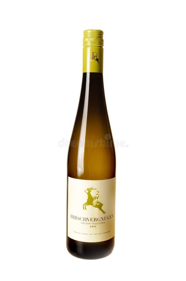 Flaska av Hirschvergnugen vin arkivbild