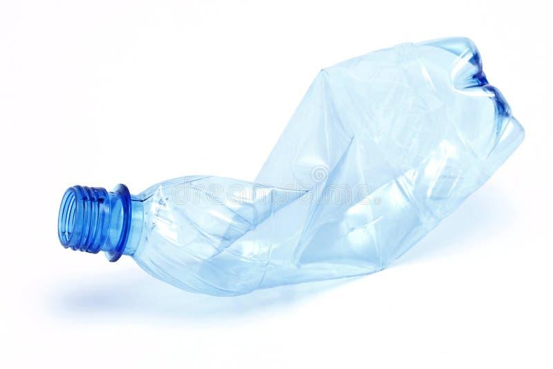flaska skrynklig plast- royaltyfri foto