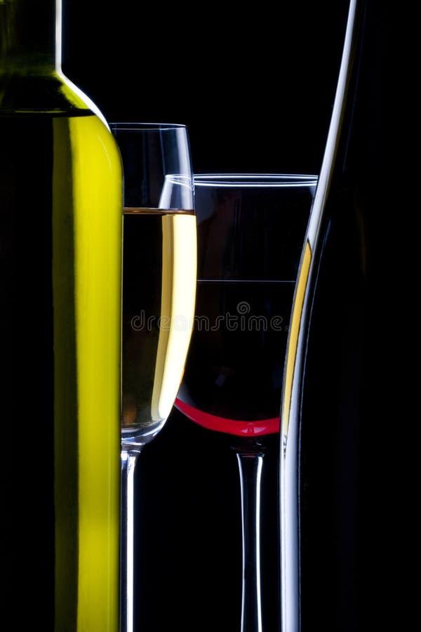 flaskexponeringsglas silhouette wine royaltyfria bilder