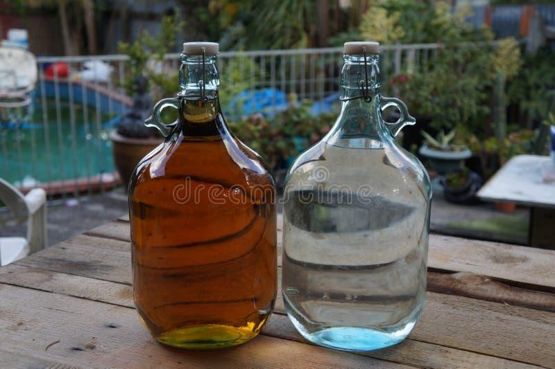 Flaskor av utopier arkivfoton