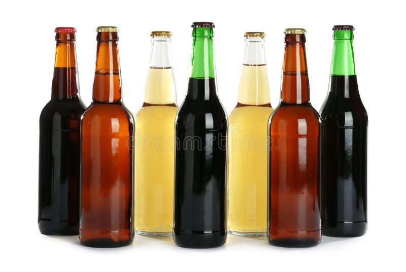Flaskor med olikt öl royaltyfria foton
