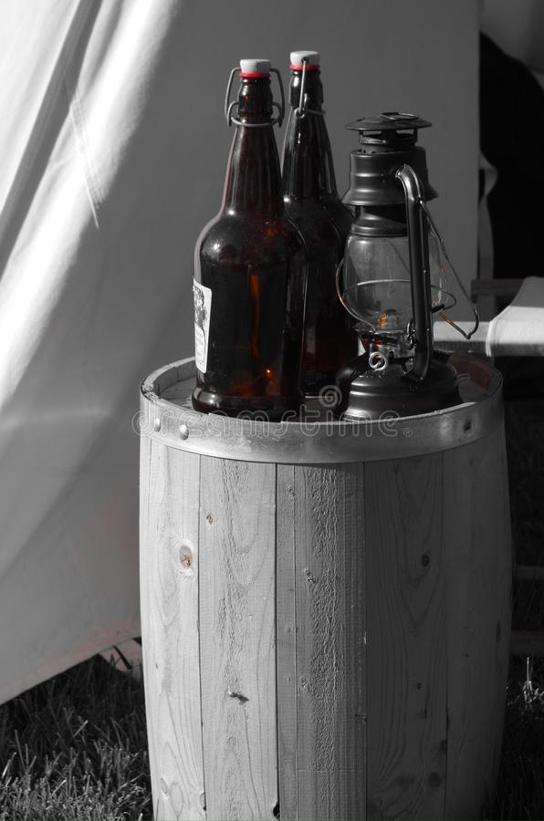 Flaskor och trumma fotografering för bildbyråer