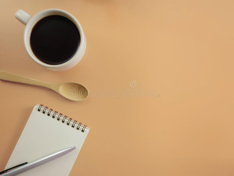 https://thumbs.dreamstime.com/b/flat-lay-top-view-desk-pen-notebook-cup-black-coffee-copy-space-flat-lay-beige-office-student-desk-copy-117048023.jpg