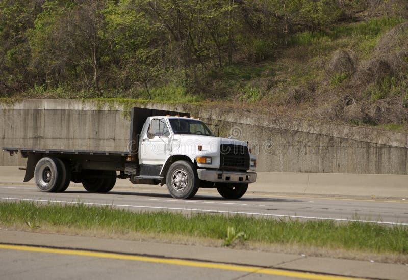 flatbed ciężarówka. obraz royalty free