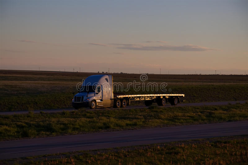 Flatbed Zonsondergang stock fotografie