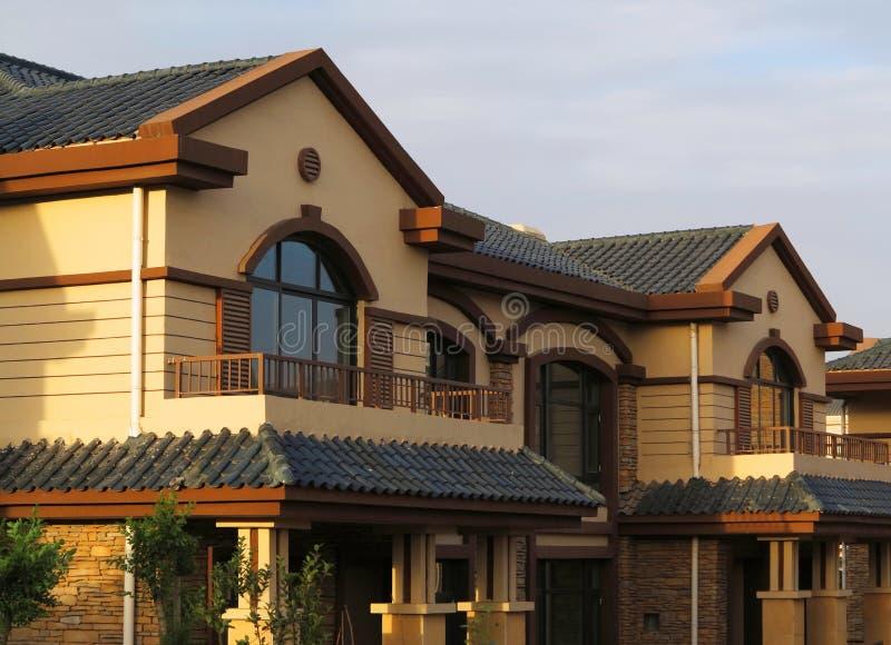Flatgebouw, Villa royalty-vrije stock afbeeldingen