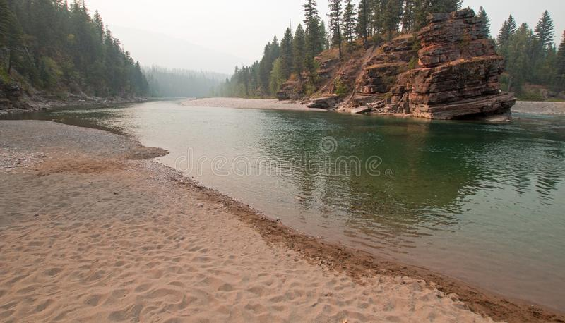 Flathead και επισημαμένος αντέξτε τους ποταμούς που συναντούν το σημείο στην περιοχή αγριοτήτων του Marshall βαριδιών κατά τη διά στοκ εικόνα με δικαίωμα ελεύθερης χρήσης
