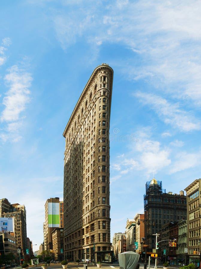 Flatiron (более полное) builsing в NYC в утре стоковые изображения