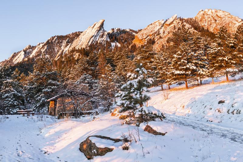 Flatirons and Bluebell Picnic Shelter at Sunrise royalty free stock photos