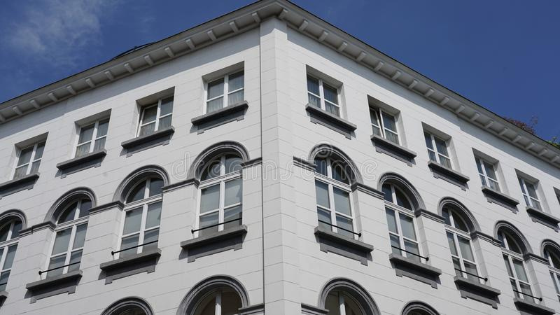 Flats in Antwerpen vector illustratie