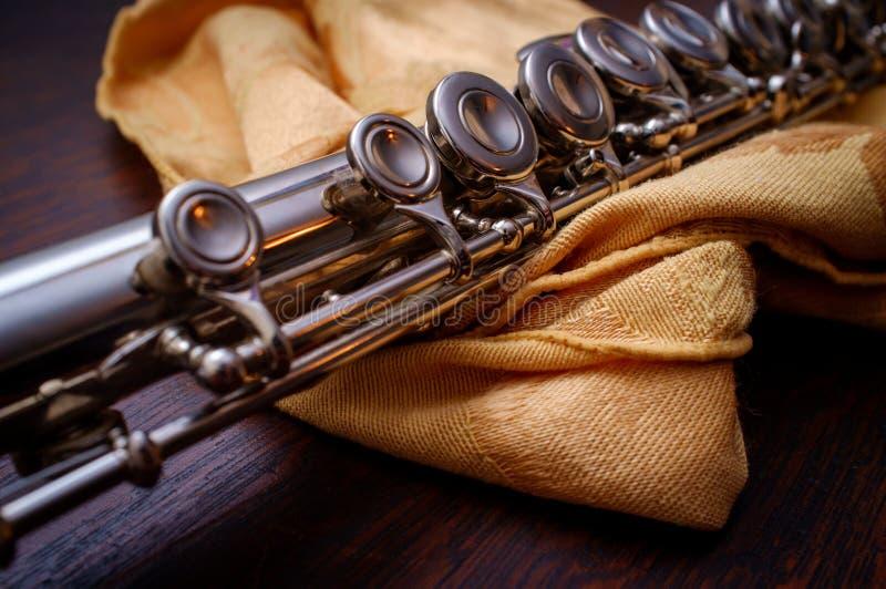 Flauta ascendente próxima do detalhe fotografia de stock