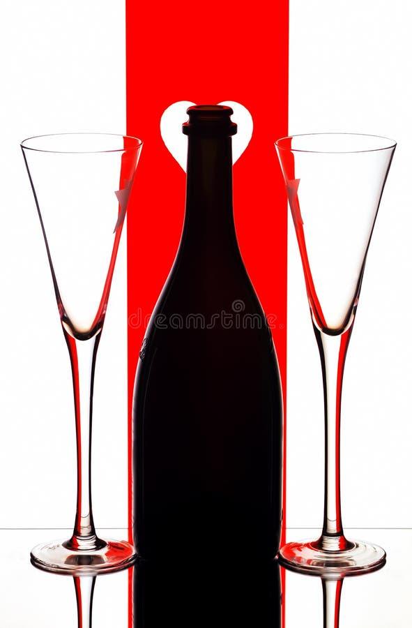 Flautas & frasco de Champagne fotos de stock royalty free