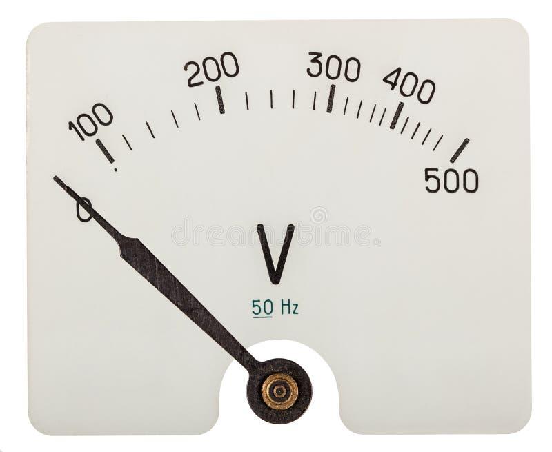Flecha del voltímetro que indica 0 voltios, aislada en la parte posterior del blanco foto de archivo