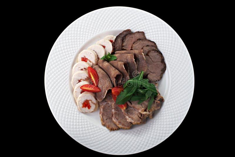 Fleisch auf einer Platte stockbilder