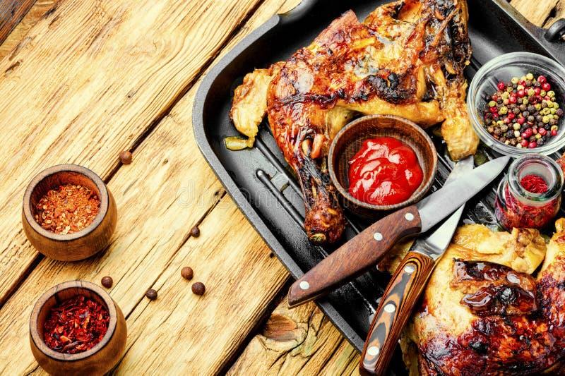 Fleisch von gegrillten Hühnern lizenzfreies stockfoto