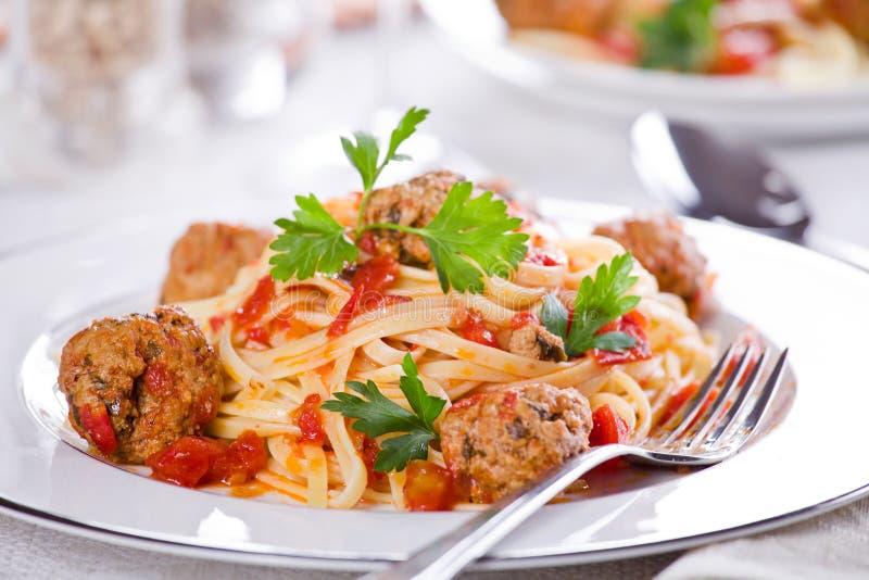 Fleischklöschen-Teigwaren stockfoto