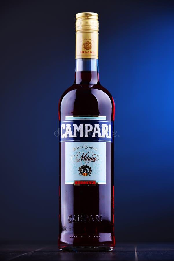 Fles Campari, een alcoholische likeur van Italië royalty-vrije stock foto's