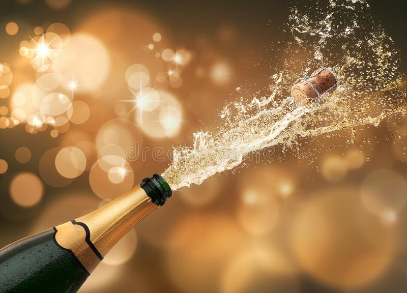 Fles champagne met onscherpe lichten stock illustratie
