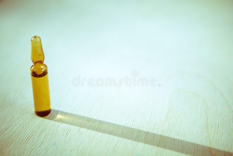Fles van de glas de medische farmaceutische steriele ampul voor injectio stock foto's
