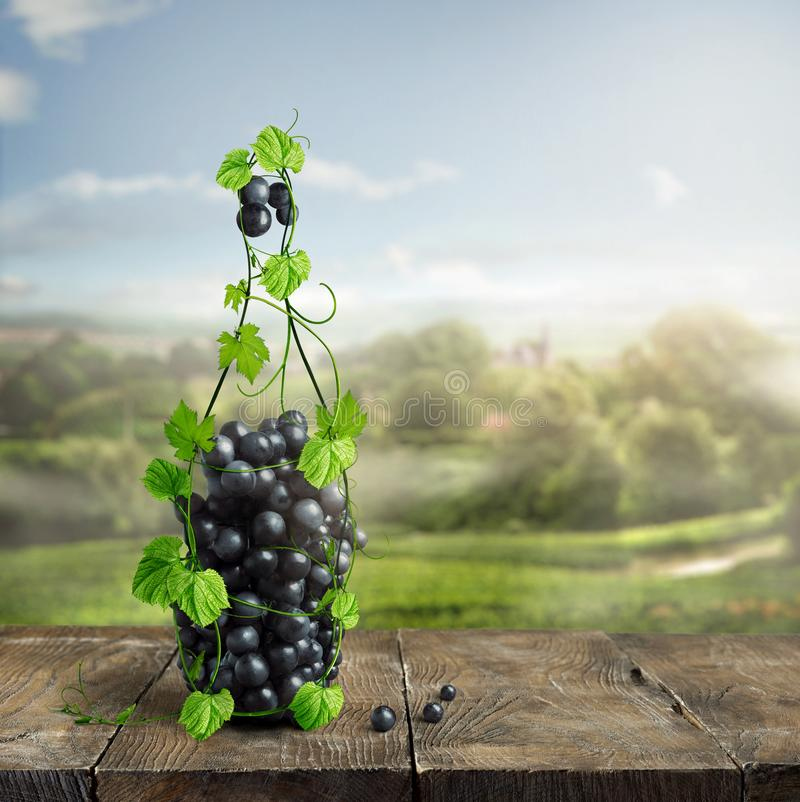 Fles wijn van wijnstok wordt gemaakt die stock foto