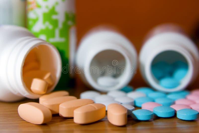 Flessen en Vitaminen royalty-vrije stock afbeelding
