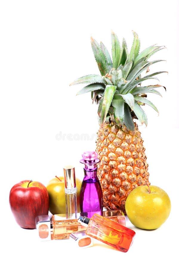 Download Flessen Van Het Glas De Blauwe Parfum Stock Afbeelding - Afbeelding bestaande uit parfum, flessen: 54085325