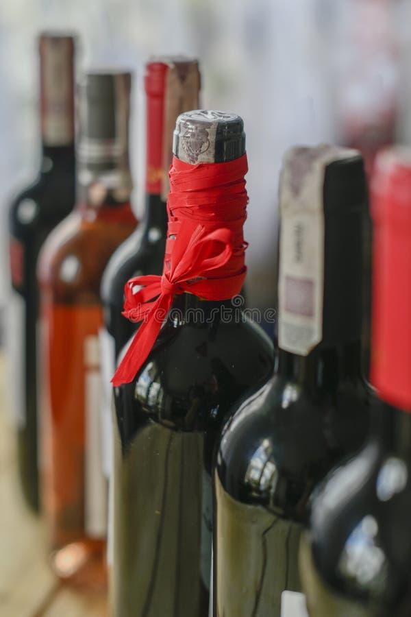 Flessen van wijnstok royalty-vrije stock afbeeldingen
