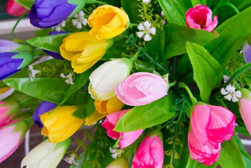 Fleur colorée de tissu photos libres de droits