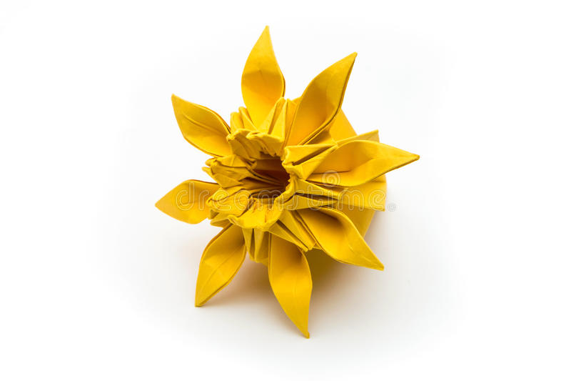 fleur d 39 origami photo stock image du avan jaune. Black Bedroom Furniture Sets. Home Design Ideas