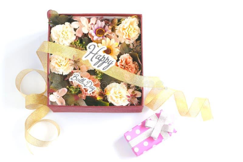 Fleur dans la boîte du présent images libres de droits