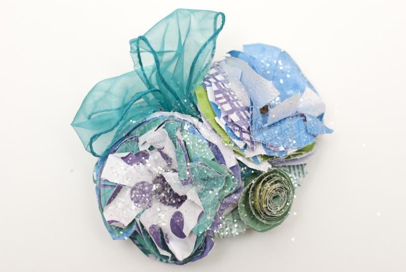 Fleur de papier et corsage de ruban illustration stock
